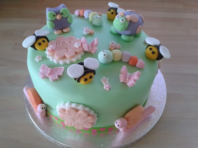 young-child-cake