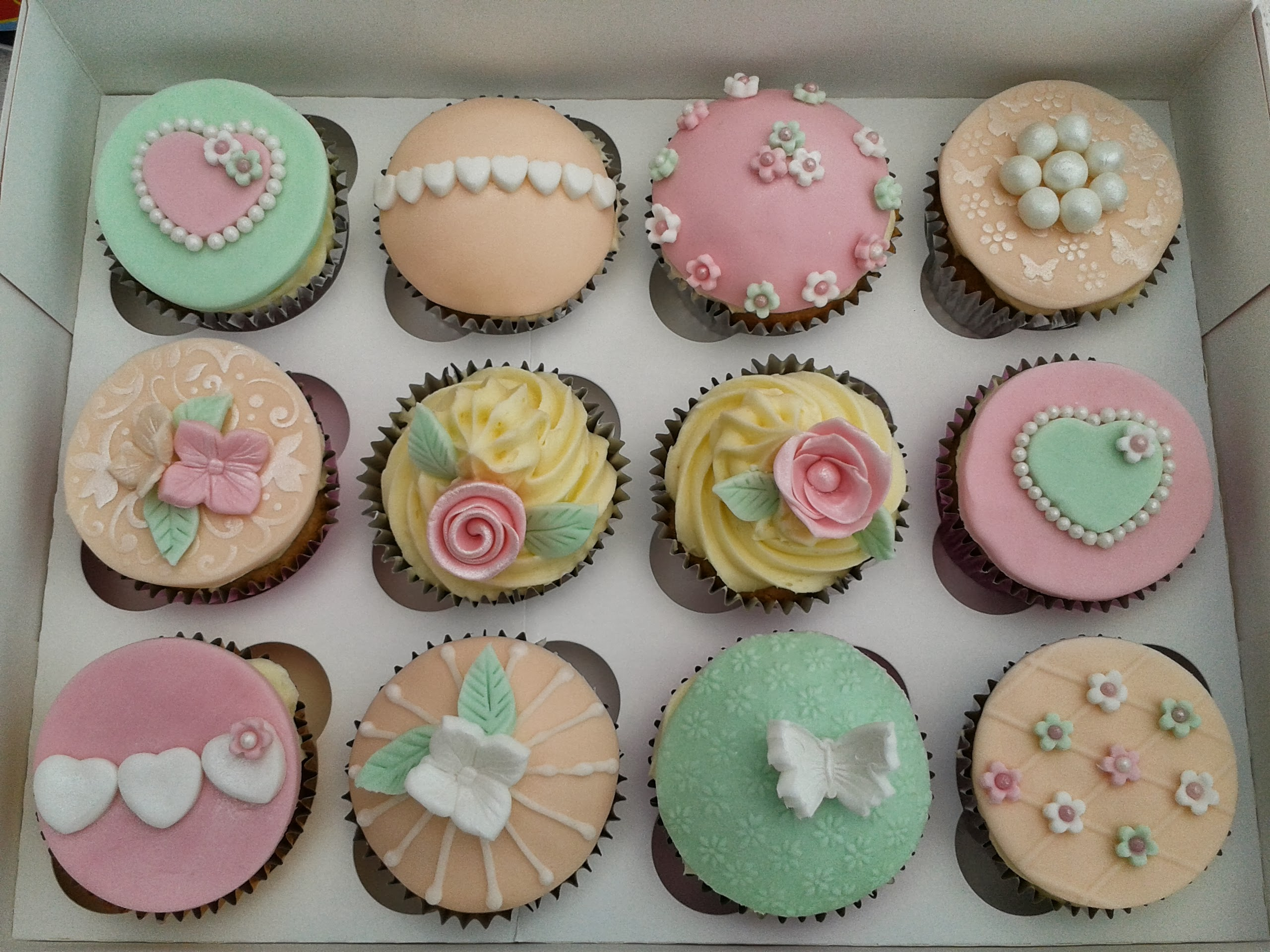 posted in cupcakes and tagged baking cupcakes north wales penrhyn ...